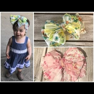 Floral messy bows set
